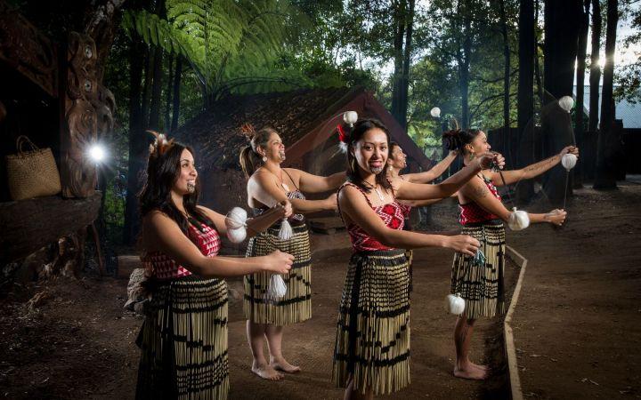 tamaki maori village.jpg